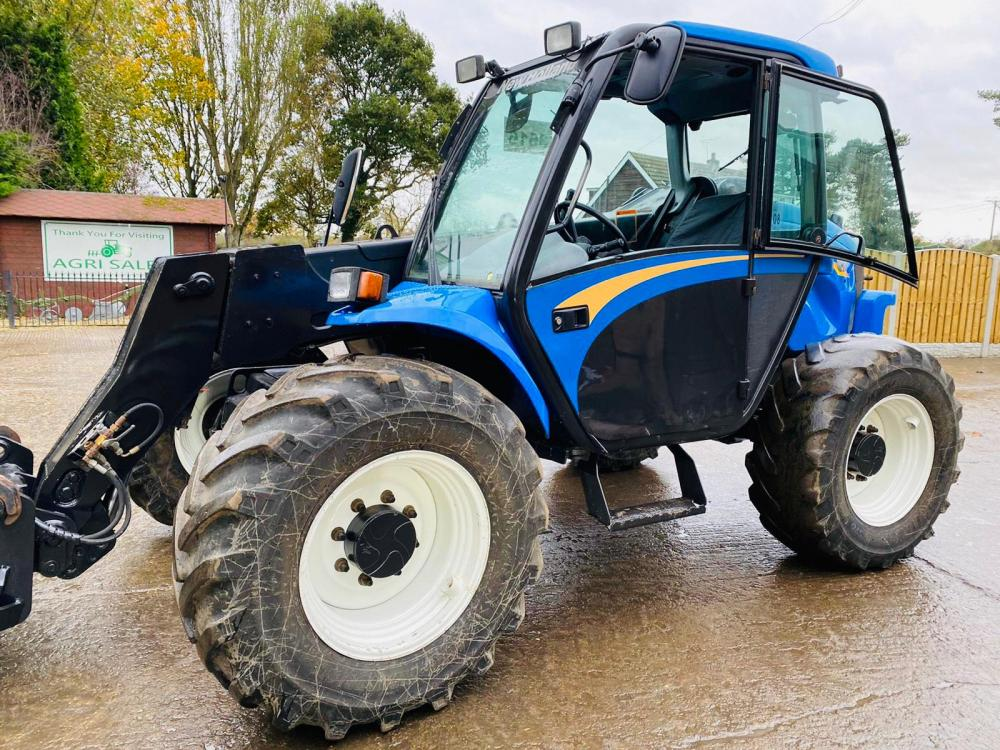 NEW HOLLAND LM1133 TURBO TELEHANDLER C/W PICK UP HITCH