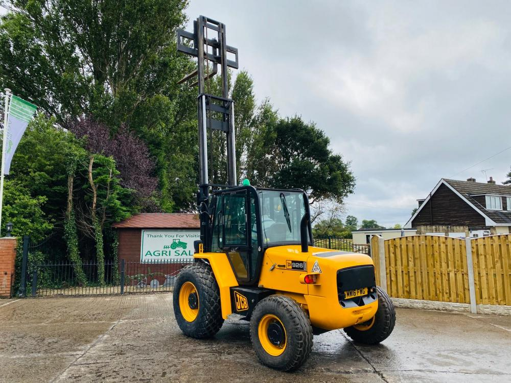 JCB 926 ROUGH TERRIAN FORK LIFT * YEAR 2016 * ONLY 974 HOURS * SEE VIDEO *