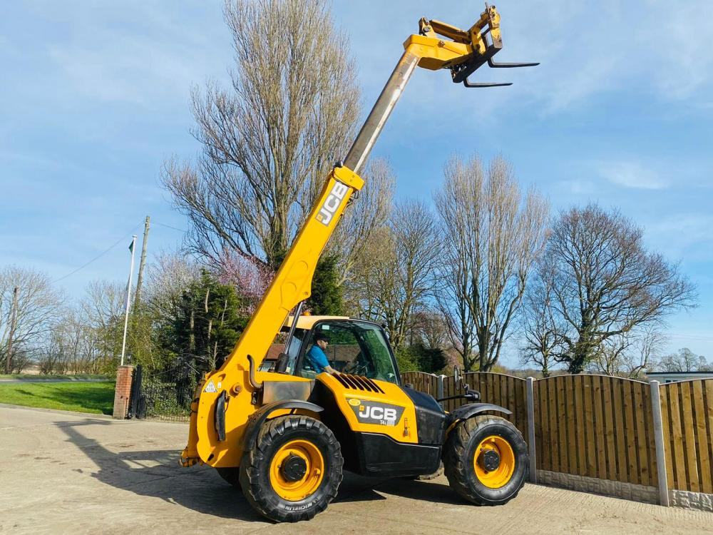 JCB 531-70 AGRI SUPER 4WD TELEHANDLER * YEAR 2014 * C/W PICK UP HITCH *SEE VIDEO*