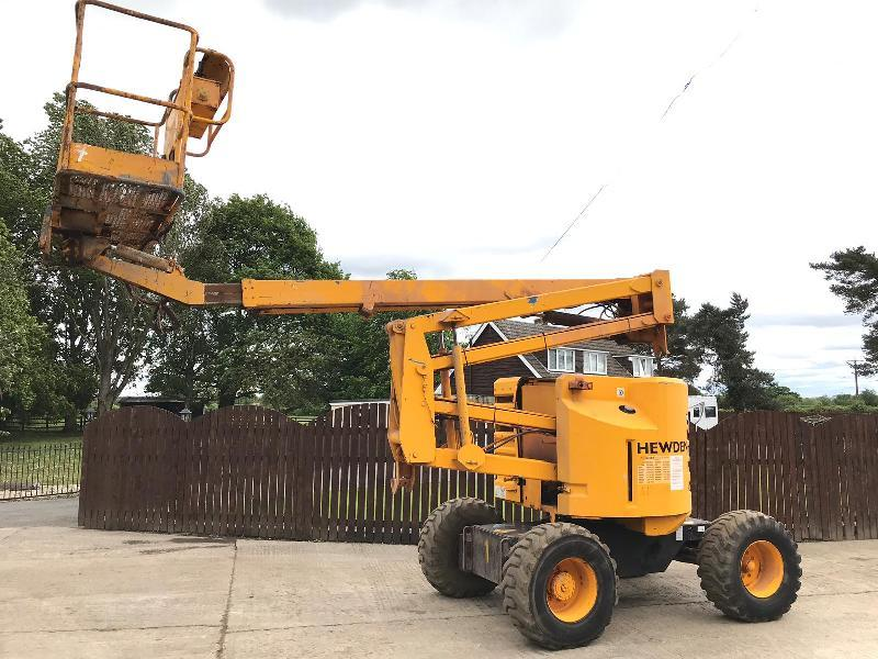 GENIE Z-45/22 CHERRY PICKER