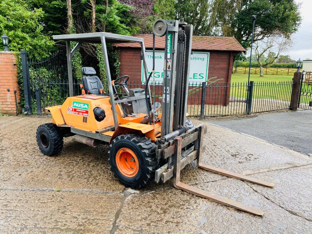 AUSA C11M ROUGH TERRAIN FORKLIFT * YEAR 2013 , ONLY 979 HOURS C/W SIDE SHIFT
