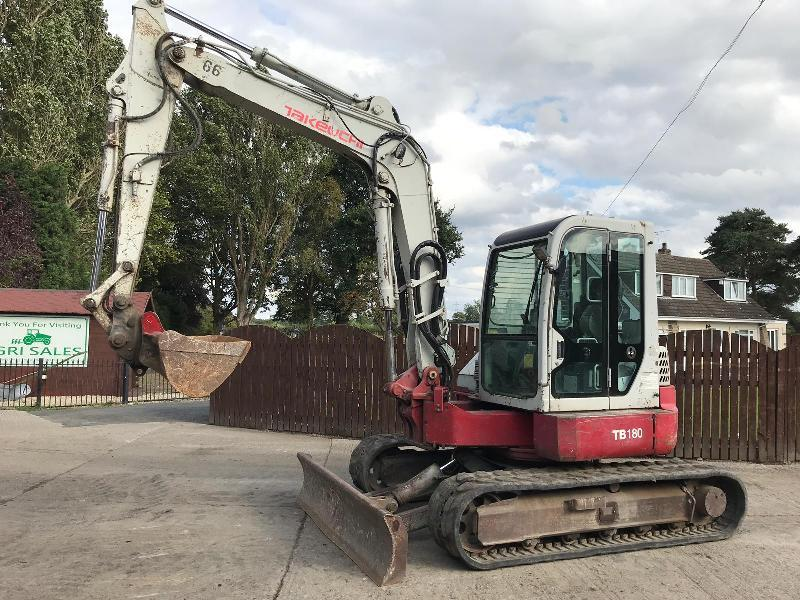 TAKEUCHI TB180FR RUBBER TRACKED EXCAVATOR ( YEAR 2008 )