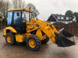 JCB 2CX AIR-MASTER DIGGER ( YEAR 2006 ) C/W FOUR IN ONE BUCKET * PLEASE SEE VIDEO *