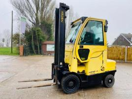 HYSTER H3.5FT HIGH CABIN FORKLIFT *YEAR 2012* C/W FULLY GLAZED CABIN