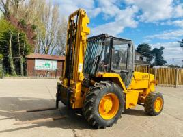 JCB 926 4WD ROUGH TERRIAN FORK LIFT C/W 2 STAGE MAST & PERKINS ENGINE