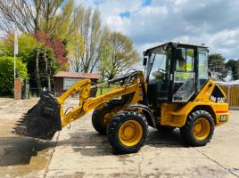 CATERPILLAR 906 4WD LOADING SHOVEL C/W QUICK HITCH