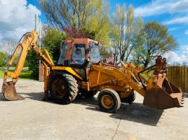 CASE 580G BACKHOE DIGGER C/W FOUR IN ONE BUCKET