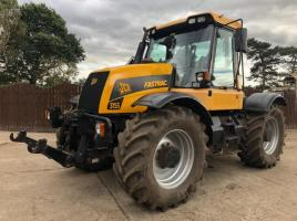 JCB 3155 FAST TRAC AUTO SHIFT C/W FRONT LINKAGE * ONLY 7890 HOURS *