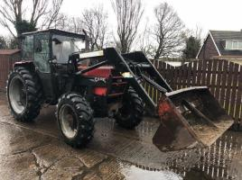 CASE 895 4WD TRACTOR CW QUICKE 115 LOADER
