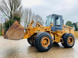 CASE 721 4WD LOADING SHOVEL C/W BUCKET