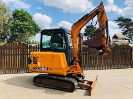 HANIX H260 MINI DIGGER * YEAR 2006 * C/W 4 X BUCKETS