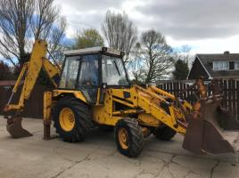 JCB 3CX PROJECT 7 4WD BACK HOE DIGGER ( PLEASE SEE VIDEO )