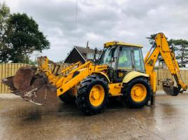JCB 4CX SITEMASTER  BACKHOE DIGGER C/W HYDRAULIC BREAKER & 8 X REAR BUCKETS