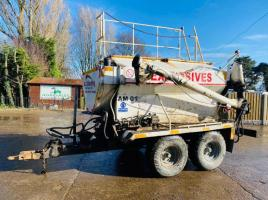 TOWABLE BLASTMASTER 2000 TWIN AXLE ANFO MIXER +VAT