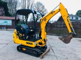 JCB 8015 MINI DIGGER C/W OFF SET BOOM & PIPE FOR THIRD SERVICE