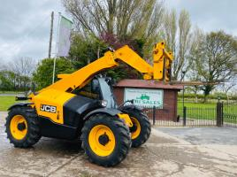 JCB 527-58 AGRI TELEHANDLER *YEAR 2015 , AG SPEC* C/W PICK UP HITCH