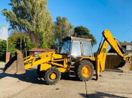 JCB 3CX PROJET 7 4WD DIGGER C/W PROJECT 8 BACK END