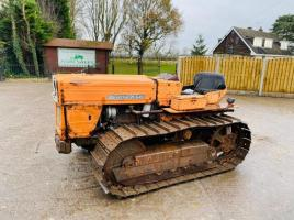 UNIVERSAL 640SM TRACKED TRACTOR * PLEASE SEE VIDEO *