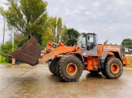 HITACHI LX290E 4WD LOADING SHOVEL ( NO FOOT BREAKS )