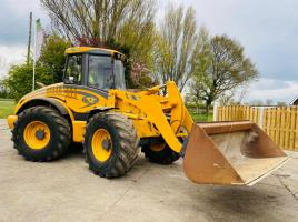 VENIERI 9804 LOADING SHOVEL C/W BUCKET & QUICK HITCH