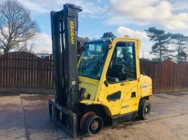 HYSTER 4.00 TON FORKLIFT C/W FULLY GLAZED CABIN * SPARES AND REPAIRS *