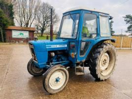 FORD 4100 TRACTOR  C/W FLOOR CHANGE