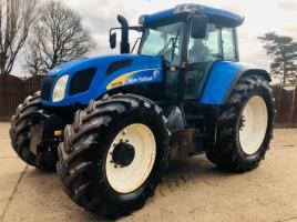 NEW HOLLAND TVT190 4WD TRACTOR C/W FRONT LINKAGE & CAB SUSPENSION