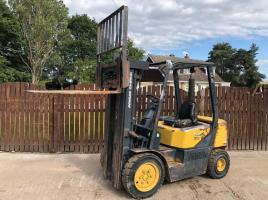 DOOSAN B25S CONTAINER SPEC FORK LIFT ( YEAR 2006 )
