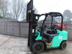 CATERPILLAR GP25 CONTAINER SPECIFICATION FORK LIFT * YEAR 2005 *