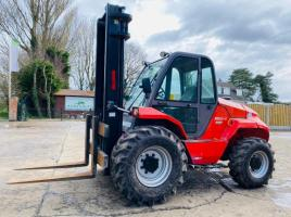 MANITOU M50-4 4WD FORKLIFT * YEAR 2014 , 5 TON LIFT * C/W PALLET TINES