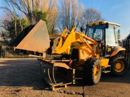 JCB 2CX FARM MASTER C/W PICK UP HITCH,BUCKET,FORKS & GRAB *ONLY 4381 HOURS* SEE VIDEO