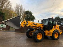JCB TM300-52 AGRI SPEC TURBO TELEHANDLER C/W GRAIN BUCKET * ONLY 6637 HOURS * SEE VIDEO *