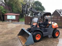 AUSA T133H TAURULIFT TELEHANDLER ( YEAR 2014 * ONLY 355 HOURS * SEE VIDEO *