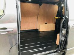 FORD TRANSIT CUSTOM LIMITED VAN * YEAR 2020 * ONLY 93 DELIVERY MILES *