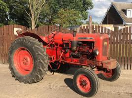 NUFFIELD 460 TRACTOR