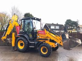 JCB 3CX PROJECT 21 4WD BACKHOE DIGGER ( YEAR 2010 )