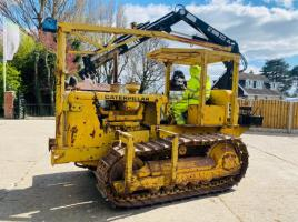 CATERPILLAR D4 CRAWLER C/W HIAB 035-2 DOUBLE PUSH OUT & 2 X MANUAL PUSH OUT  CRANE