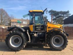JCB 2135 FASTRAC TRACTOR ( YEAR 2003 ) ( PLEASE SEE VIDEO )