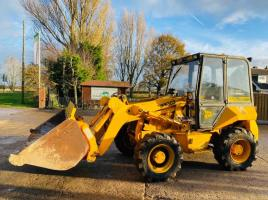 JCB 2CXL 4WD FRONT LOADER C/W FOUR WHEEL STEER