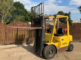 HYSTER H20XM CONTAINER SPEC FORK LIFT