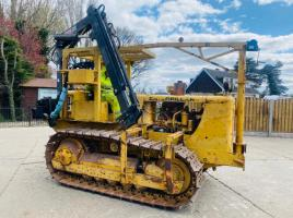 CATERPILLAR D4 CRAWLER C/W HIAB 035-2 DOUBLE PUSH OUT CRANE