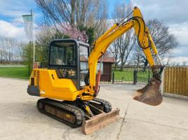 JCB 803 TRACKED EXCAVATOR *ONLY 6126 HOURS* C/W QUICK HITCH