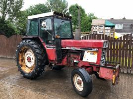 INTERATIONAL 784 TRACTOR