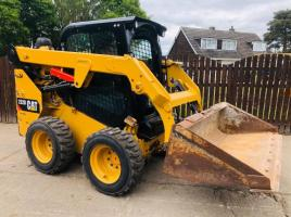 CATERPILLAR 232D SKIDSTEER *YEAR 2016* C/W JOYSTICK CONTROLS * PLEASE SEE VIDEO *
