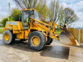JCB 425 4WD LOADING SHOVEL C/W BUCKET