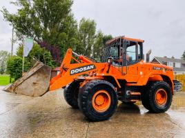 DOOSAN DL200 LOADING SHOVEL * YEAR 2010 *  C/W JOYSTICK * PLEASE SEE VIDEO *