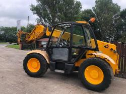 JCB 535-60 TELLEHANDLER CW PICK UP HITCH