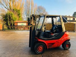LINDE H20 CONTAINER SPEC FORKLIFT C/W HYDRAULIC SIDE SHIFT