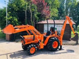 KUBOTA B8200HST 4WD TRACTOR C/W REAR BACK ACTOR & LOADER